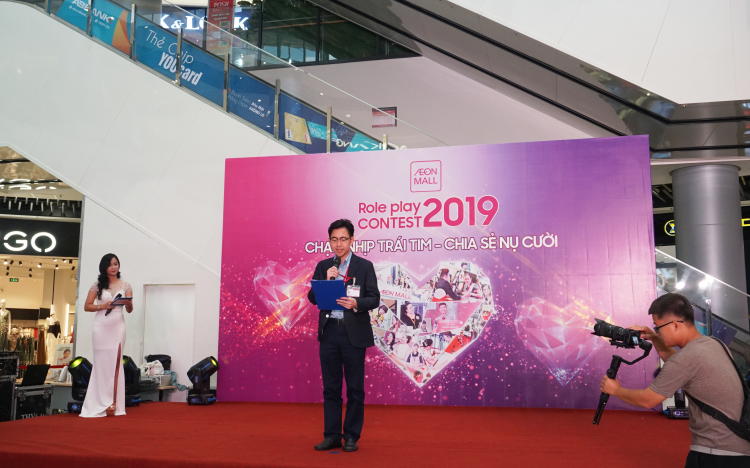 Giám đốc TTTM AEON MALL Long Biên phát biểu khai mạc cuộc thi