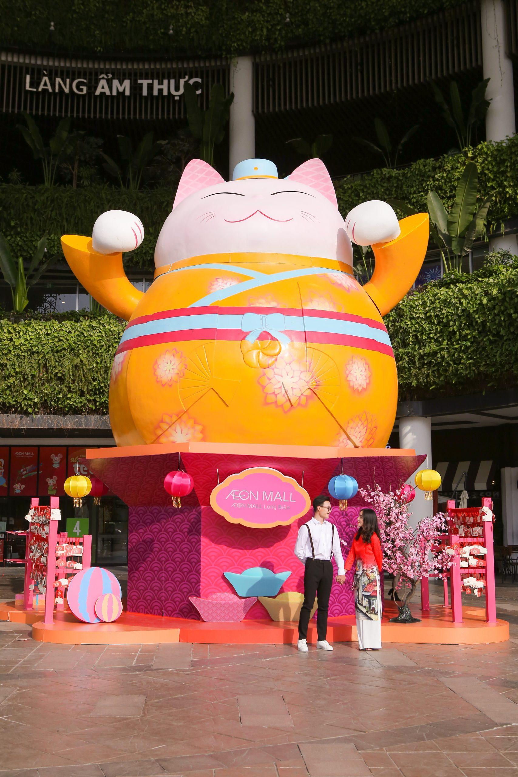 Mèo Thần Tài du xuân Canh Tý tại AEON MALL Long Biên